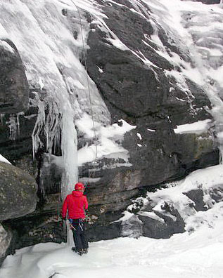 matroosberg-activity-ice-climbing-04