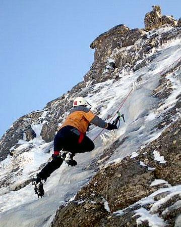 matroosberg-activity-ice-climbing-03